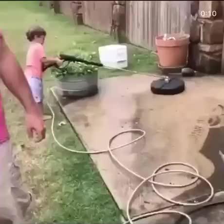 The alien almost escaped