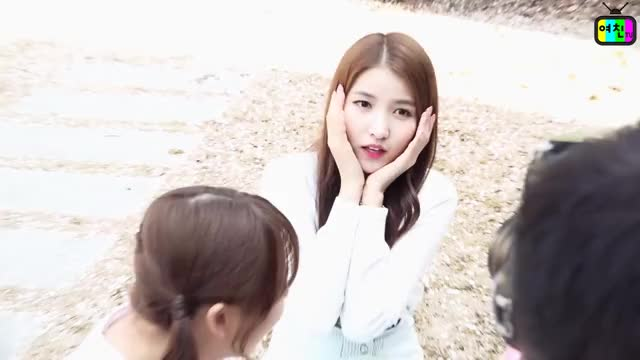 Watch and share Gfriend GIFs and 여자친구 GIFs on Gfycat