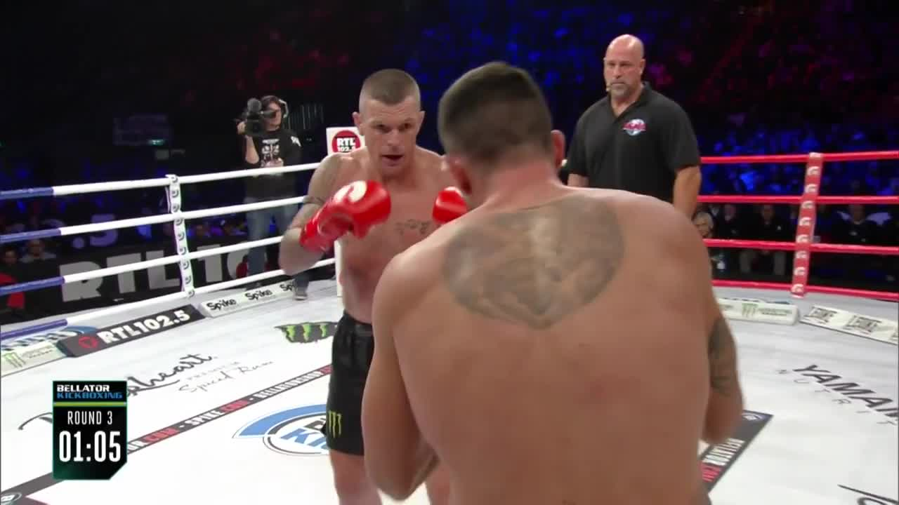 Boxing, Kickboxing, Knockout, MMa, TKO, UFC, kicks, punches, John Wayne Parr TKO at Bellator Kickboxing Italy! GIFs