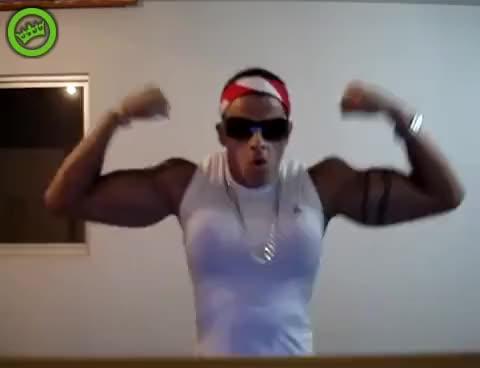 Watch Bodybuilding fail GIF on Gfycat. Discover more bodybuilding, funny, lol GIFs on Gfycat