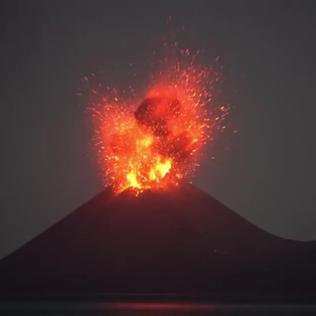 lava, magma, nature, volcano, Mount Anak Krakatau Erupting GIFs