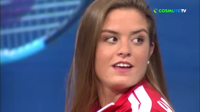 Watch Maria Sakkari GIF by Whatever (@panosak) on Gfycat. Discover more Greece, Greek, WTA, laughing, player, surprised, tennis, topspin, μαρία σάκκαρη, τενις GIFs on Gfycat