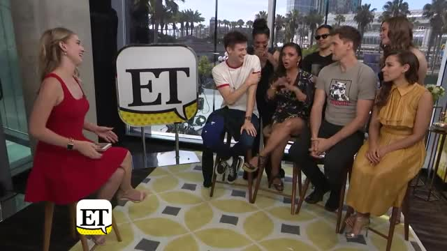 Watch Comic-Con 2018: The Cast Of The Flash Talks Season 5 Romance And 'Bromance' GIF on Gfycat. Discover more Comiccon, Entertainment Tonight, Hollywood, celebrity, et, et online, et tonight, etonline, news, trending GIFs on Gfycat