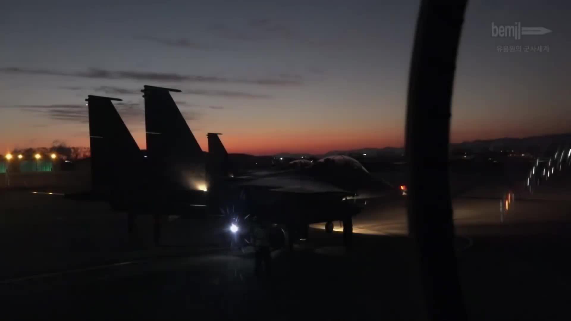 korea, military, militarygfys, new year, south korea, ROKAF 2019 New Year Flight GIFs