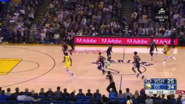 Watch Dieter Kurtenbach - Stephen Curry is on a different level right now. GIF by @dkurtenbach on Gfycat. Discover more Dieter Kurtenbach, basketball GIFs on Gfycat
