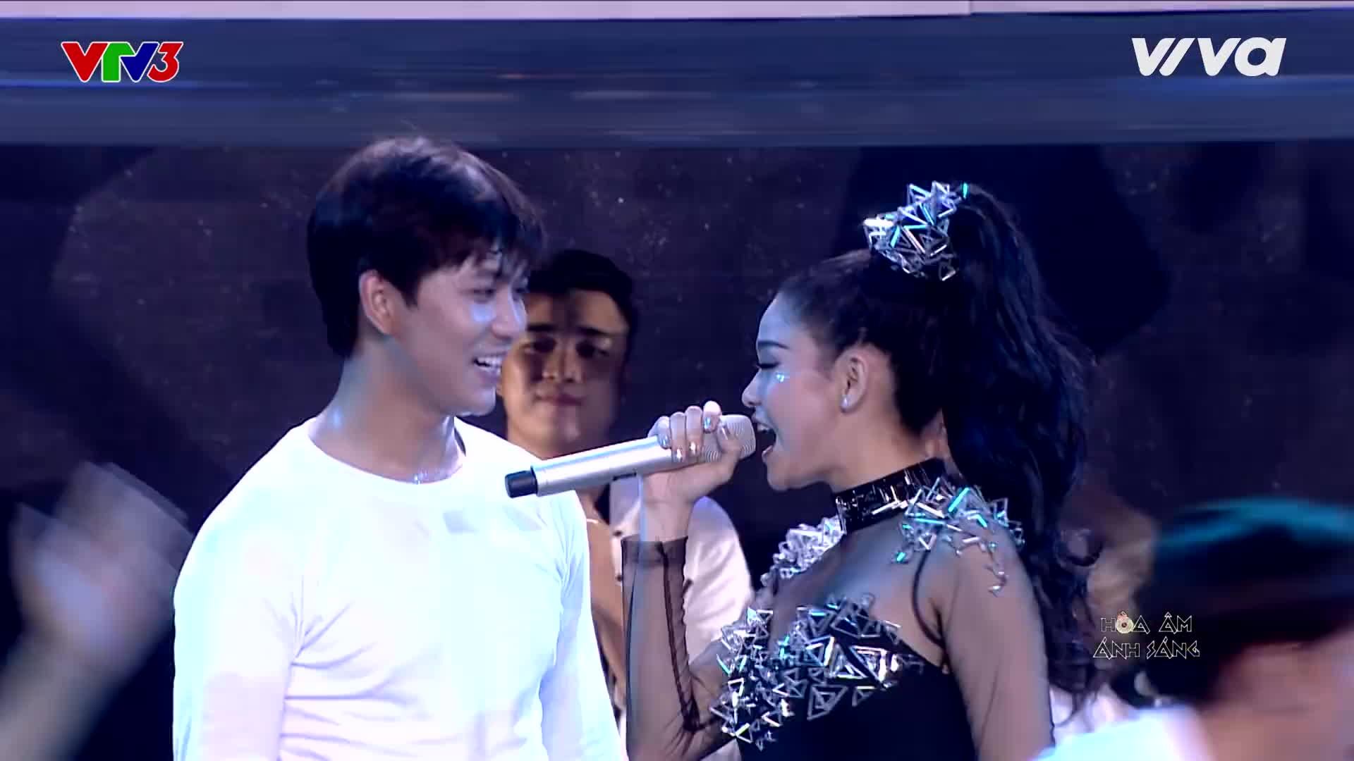 Nhìn lại loạt khoảnh khắc như ngôn tình của Tim Trương Quỳnh Anh tại các gameshow trước khi đường ai nấy đi
