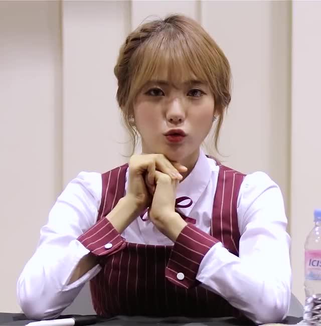 Watch and share 우주소녀 GIFs and 쪼꼬미 GIFs by 러블리즈 on Gfycat