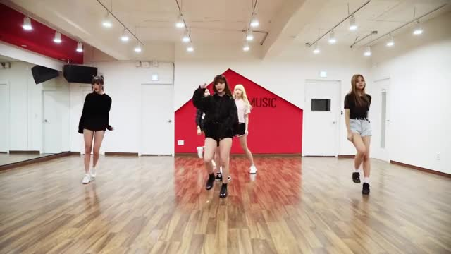 Watch Fingertip Dance Break pt 1 GIF by Costamermaid (@costamermaid) on Gfycat. Discover more dance break, dance practice, fingertip, gfriend, source music, 여자친구, 핑거팁 GIFs on Gfycat
