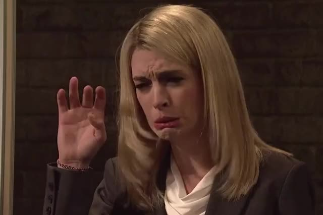 Watch this anne hathaway GIF by GIF Queen (@ioanna) on Gfycat. Discover more adios, anne, anne hathaway, bye, dumb, funny, goodbye, hathaway, hello, hey, hi, homeland, live, night, parody, saturday, silly, snl, stupid GIFs on Gfycat