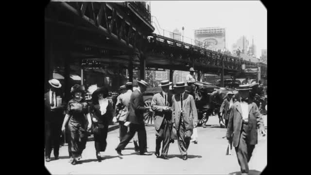 Watch and share New York City GIFs and Old New York GIFs by Jeff Bauer on Gfycat