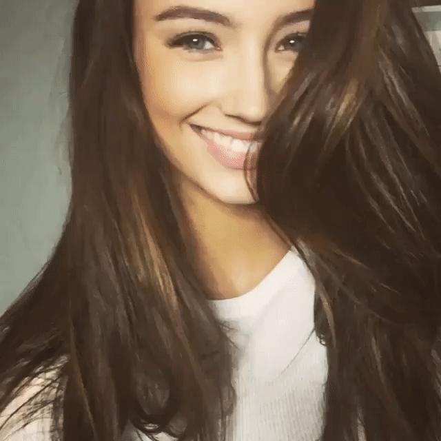 smile gif 2 • r/LorenaRae GIFs