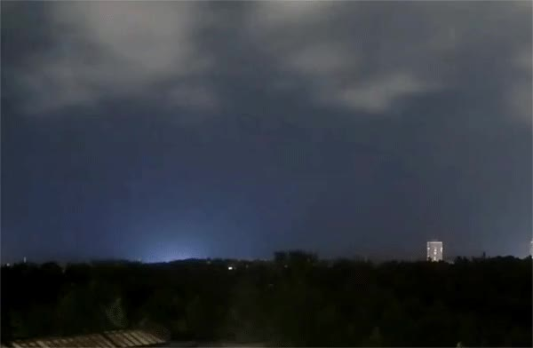 Watch Fireball over Northeast US - October 5 (UTC), 2016 UTSC Obs. GIF by The Watchers (@thewatchers) on Gfycat. Discover more fireball, meteor, orionids GIFs on Gfycat