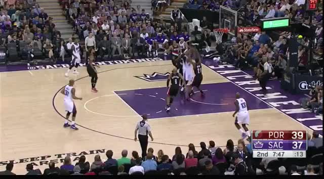 Watch Sacramento Kings Transition D GIF by @mhonkasalo on Gfycat. Discover more related GIFs on Gfycat