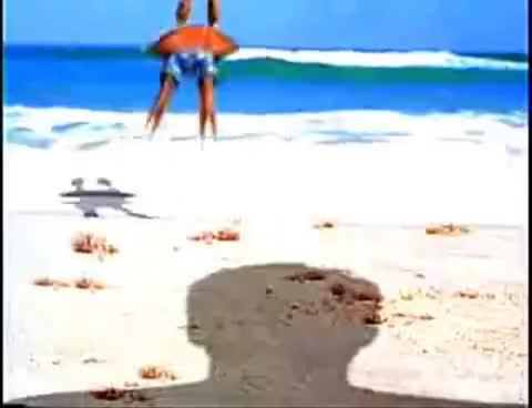 Watch and share Comerciales Brahma - Cangrejo Ñañañaña. GIFs on Gfycat