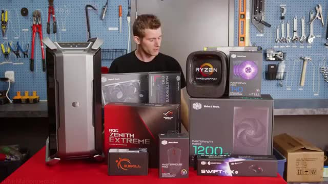 Watch and share Linus GIFs and Pcmr GIFs by Nick on Gfycat