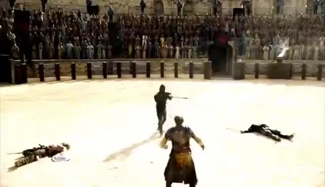 Watch Jorah fights at the Great Pit || Game of Thrones 5x09 GIF on Gfycat. Discover more related GIFs on Gfycat