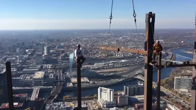 Watch Workers work at high altitude GIF by Ievgen Marchuk (@ievgenmarchuk) on Gfycat. Discover more Job, Philadelphia, builders, height, skyscraper, wotk GIFs on Gfycat
