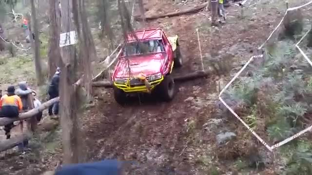 Watch Willowglen 2016 day 1 bong bong 4wd club up the creek team adrenaline GIF by PCM (@pcmlaura) on Gfycat. Discover more related GIFs on Gfycat