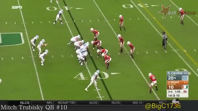Watch and share College Footbal GIFs and Mitch Trubisky GIFs by jonah7073 on Gfycat