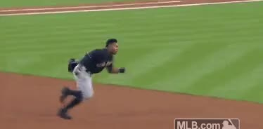 Watch and share Mlb GIFs by ddkwly on Gfycat