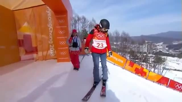 """Watch Elizabeth Swaney """"olympic"""" run with zero tricks! GIF on Gfycat. Discover more related GIFs on Gfycat"""