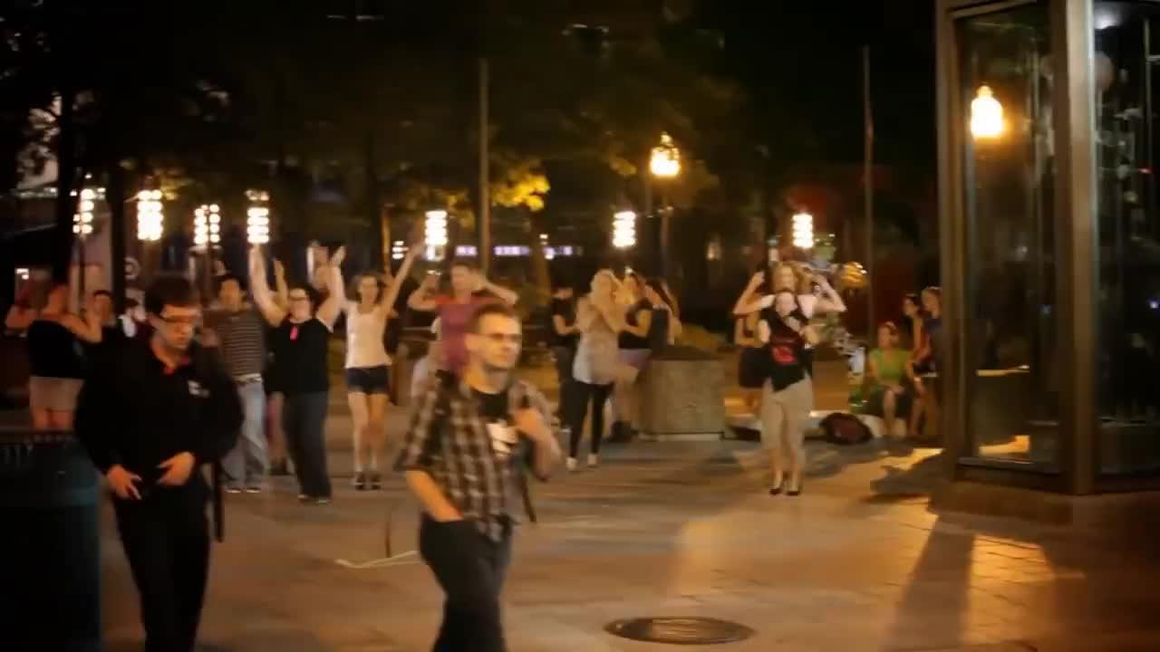 Flash Mob Minneapolis: Lady Gaga's Bad Romance GIFs