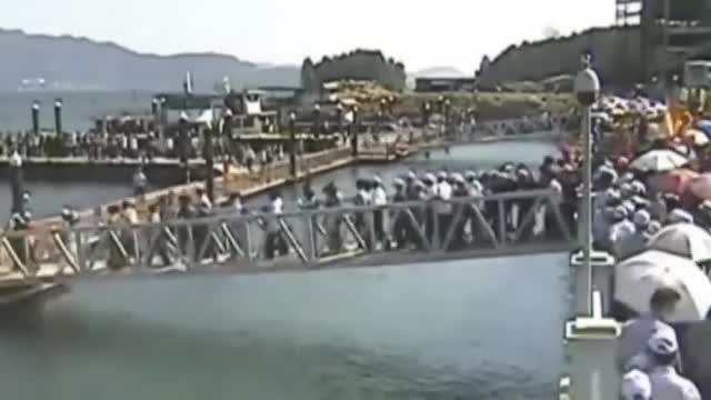 Watch and share Crowded Footbridge GIFs and Jiangxi Province GIFs on Gfycat