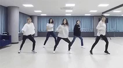 Watch red velvet doing The Drop™ (2018) GIF by Alexander (@dramorian) on Gfycat. Discover more 2018, dance practice, irene, joy, red velvet, seulgi, sm entertaiment, wendy, yeri GIFs on Gfycat
