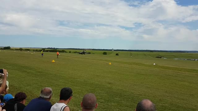 Watch Crash Spitfire au decollage a l aerodrome de Villette-Longuyon 11/06/17 GIF on Gfycat. Discover more FullScorpion, Wellthatsucks, nononono GIFs on Gfycat