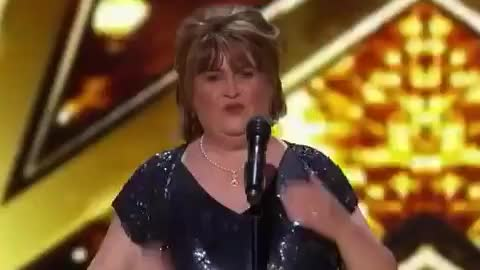 Watch this curated GIF by GIF Factory (@giffactory) on Gfycat. Discover more agt, america, america's, boyle, buzzer, bye, golden, goodbye, got, horses, iconinc, kiss, kisses, love, susan, talent, thank, thanks, wild, you GIFs on Gfycat