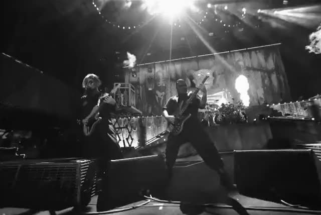Watch and share Slipknot GIFs by ruinawish on Gfycat