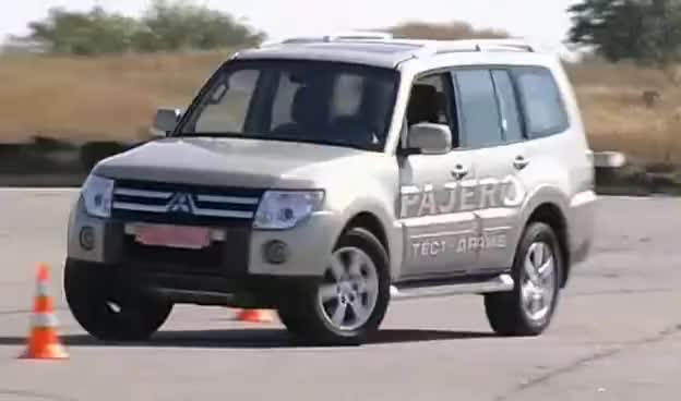 Watch 4x4 GIF on Gfycat. Discover more mitsubishi, pajero GIFs on Gfycat