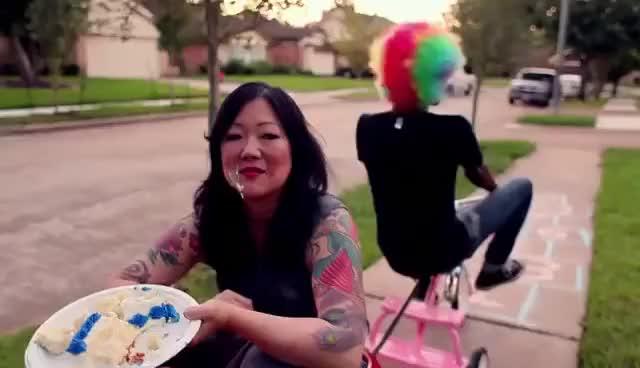 Fairy gay mothers mentor kat dennings in exclusive friendsgiving clip