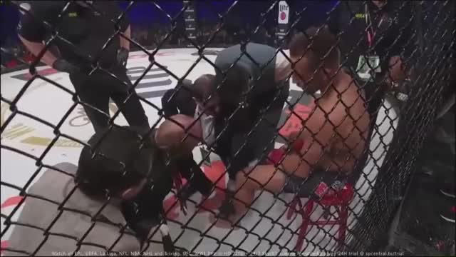 Fighter tries to sit on stool after losing in a stupid fashion