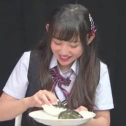 Watch little-1999 GIF on Gfycat. Discover more NMB48, eating, gifs, 薮下柊 GIFs on Gfycat