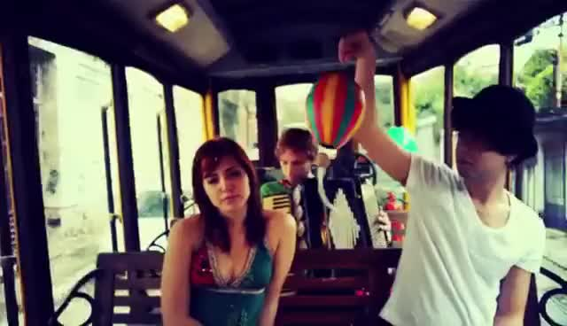 Watch Tempo de Pipa GIF on Gfycat. Discover more brazil, colorful, couple, cícero, love, music GIFs on Gfycat