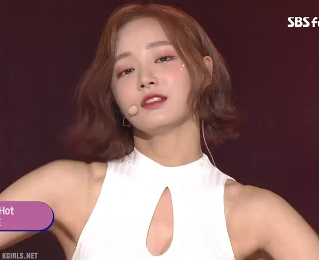 Watch yeonwoo-MOMOLAND-armpit-1-www.kgirls.net GIF by KGIRLS (@golbanstorage) on Gfycat. Discover more related GIFs on Gfycat