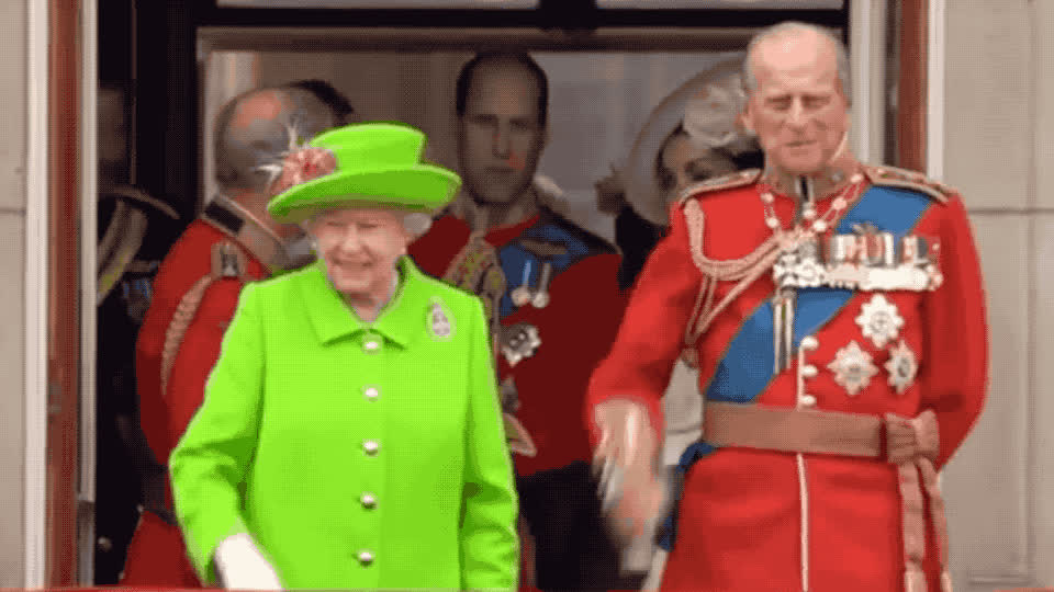adios, bye, couple, cu, elizabeth, family, farewel, funny, goodbye, green, lol, philip, queen, royal, see, smile, suit, wave, waving, you, Queen Elizabeth - bye GIFs