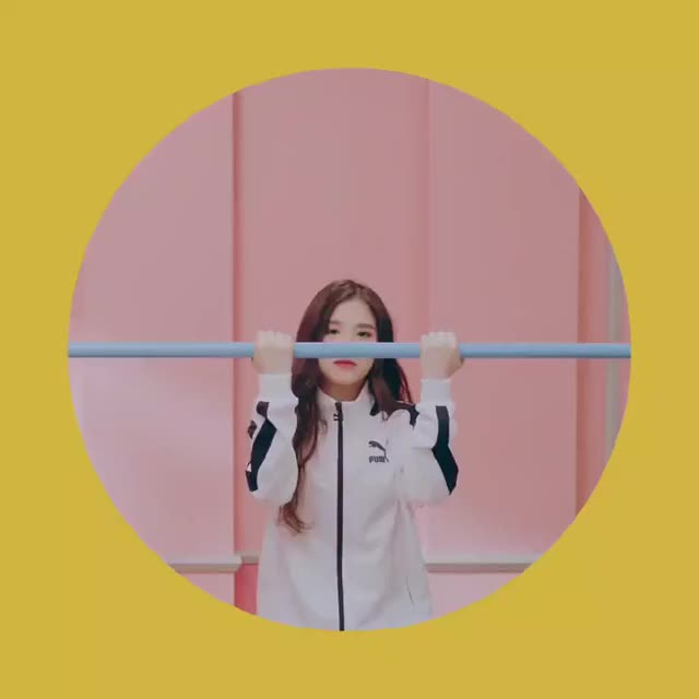 Watch and share Heejin GIFs and Loona GIFs by raizels on Gfycat
