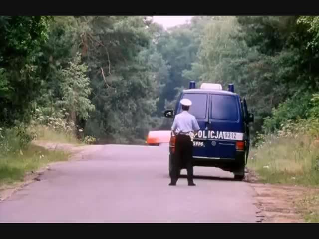 Watch Kiler-ów 2-ch - kto tu jest debeściak? GIF on Gfycat. Discover more Comedy, debeściak, dwóch, englert, jest, kiersznowski, kilerów, komedia, kto, lipski, policja, polska, rafalgosciu, rewiński, ryba, siara, stuhr, tu, wąski, złoto GIFs on Gfycat