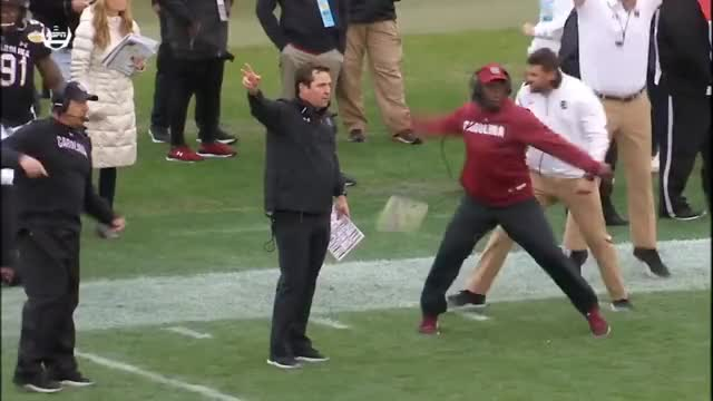 Watch this trending GIF on Gfycat. Discover more 2018, Football, Gamecocks, Highlights, NCAA, Outback, SEC, Sports, Wolverines, bowl, college, espn, michigan GIFs on Gfycat