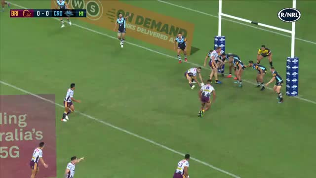 Watch and share Corey Oates Try Vs Sharks GIFs by Alt on Gfycat