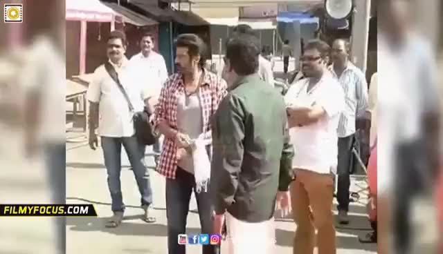 Balakrishna Beats his Assistant || NBK Rude Behaviour with his Assistant @NBK 102 Movie Launch