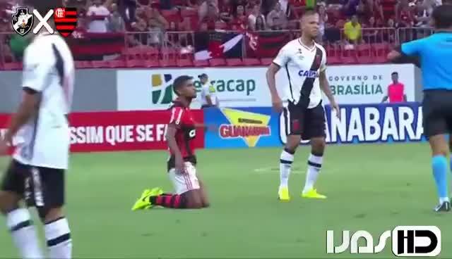 Watch and share Expulsão Injusta De Luis Fabiano - Vasco X Flamengo - Carioca 2017 GIFs on Gfycat