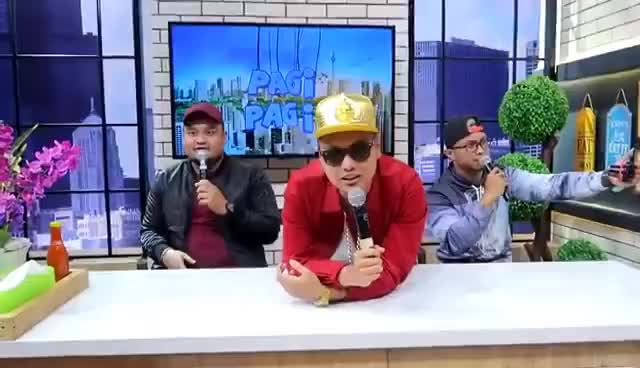 Watch and share PPAP BEATBOX WITH ANDRE TAULANY ! GIFs on Gfycat