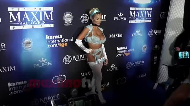 Lindsey Pelas 2017 Maxim Halloween Party.mp4