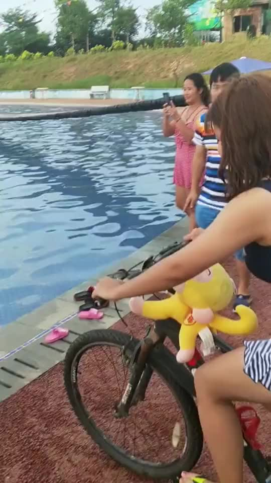 Bicycle Test GIFs
