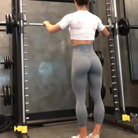 Deep squats on the smith machine GIFs