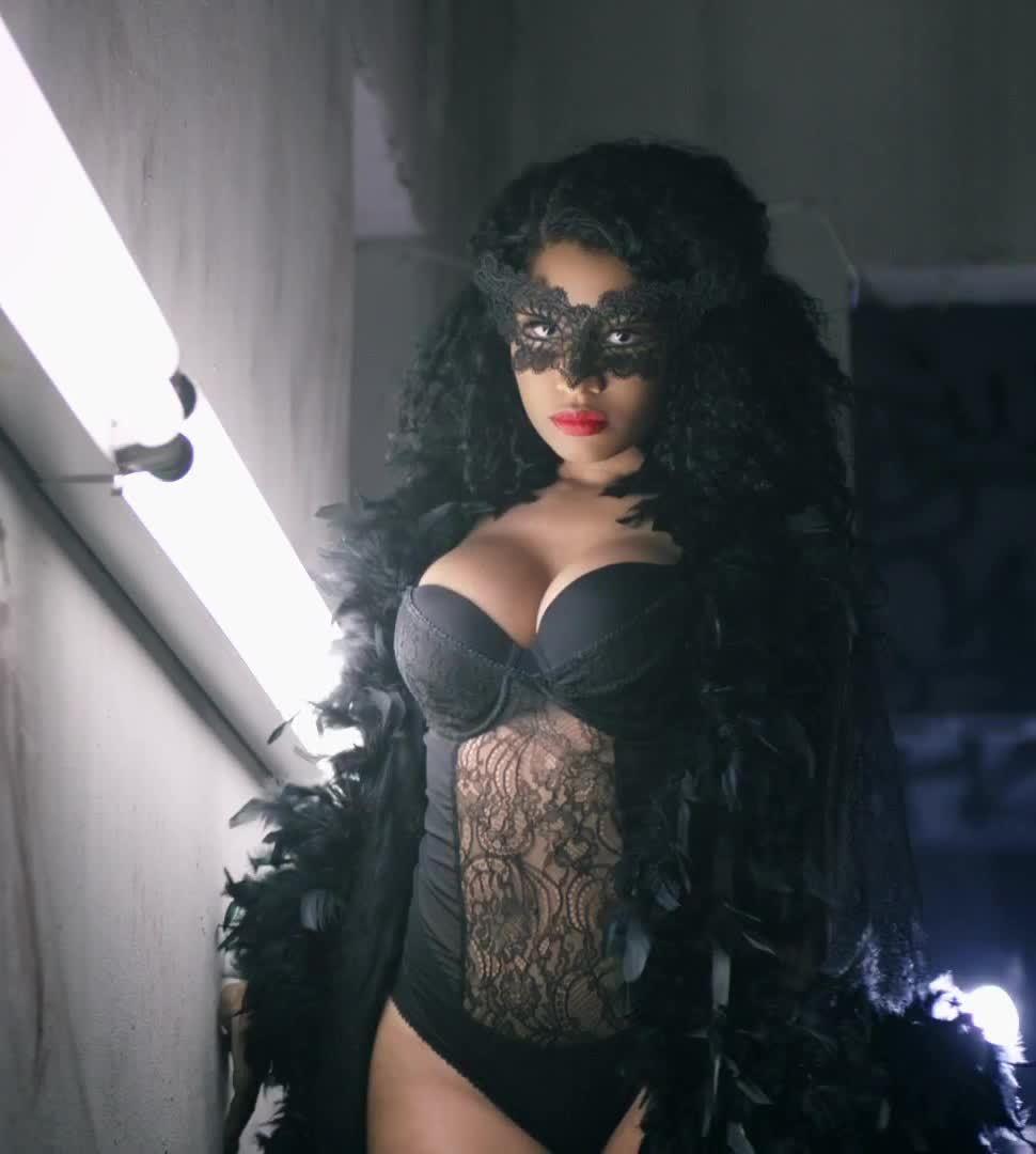 Nicki_Minaj, watchitfortheplot, Nicki Minaj in 'Nicki Minaj - Only' GIFs