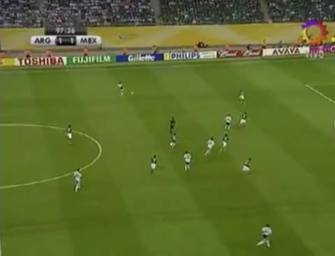 Watch and share Maxi Rodriguez Golazo Contra Mexico GIFs on Gfycat